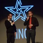 Charles-Louis Thibault et Jules Saulnier avec l'étoile de Kino projetée en arrière-plan