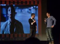 Charles-Louis, Dominic Hardy et en arrière-plan une image du film Spoliation